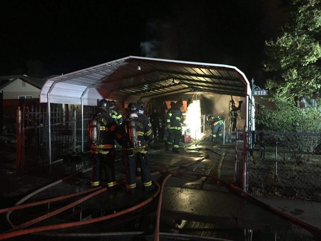 Fire breaks out in South Sacramento home